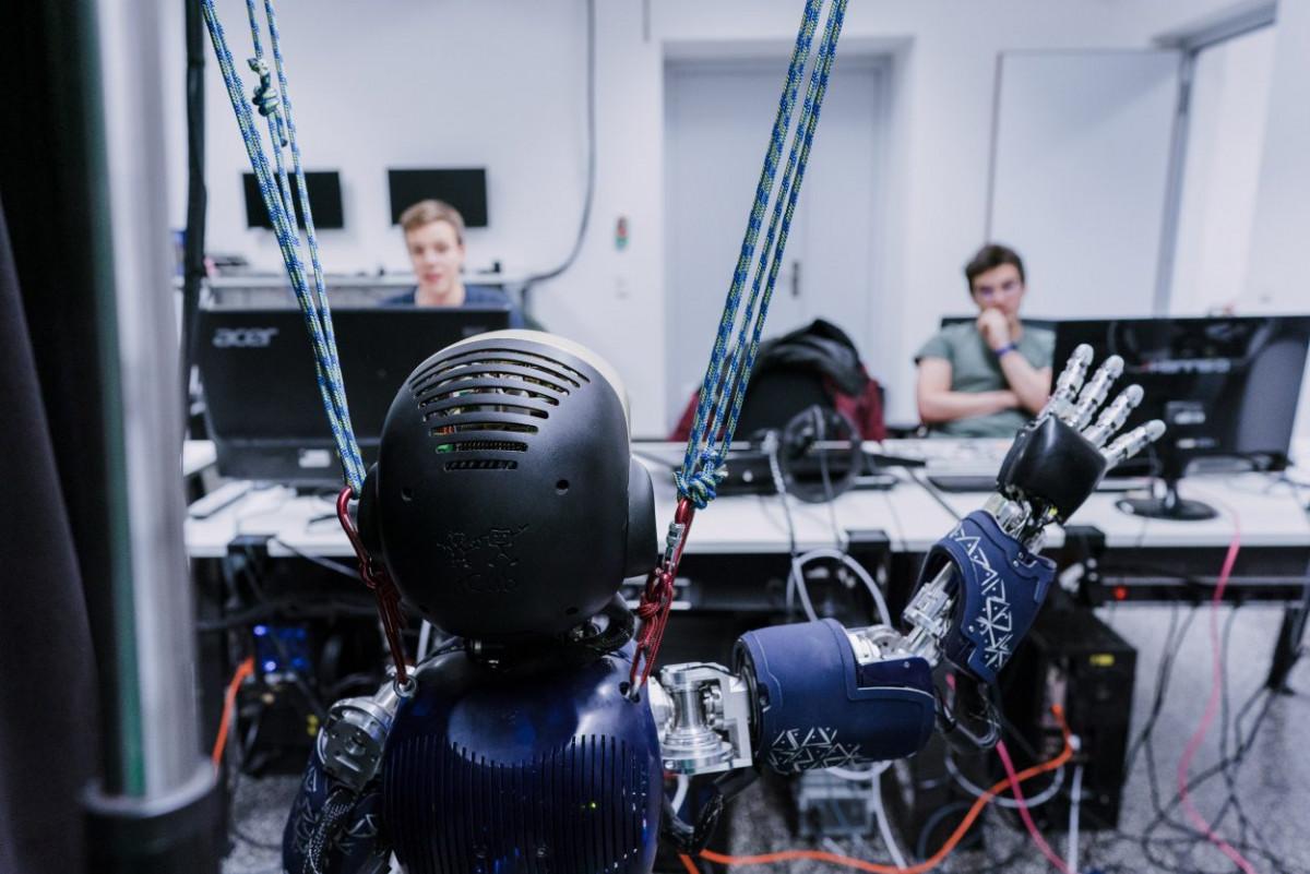 6_robotiklabor005.jpg-s1250