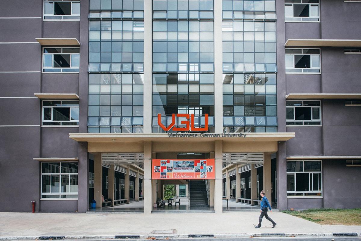 vietnamese_german_university_76.jpg-s1250
