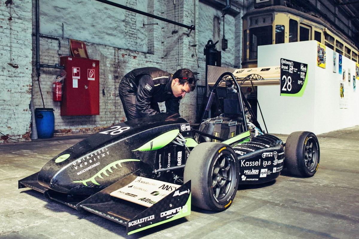 herkules_racing_team_21.jpg-s1250